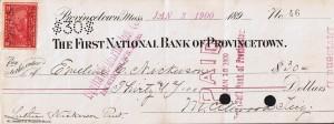 Check udstedt i Provincetown, Mass, den 3. januar år 1900 No.46 af The First National Bank of Provincetown påsat Two cents Battleship Documentary mærke (stempelmærke) i afgift til finansiering af den Spansk-Amerikanske krig i 1898.