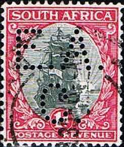 """5) Perfinbilledet EAC 5, Sydafrika. SG 31 / 7 / 1d. sort / rød, """"Dromedaris"""" (Van Riebeeck´s Ship) 1936. Findes i to udgaver trykt i to sprog på samme frimærkeark, SUID-AFRIKA. Afrikaans, og SOUTH AFRICA. Engelsk. Stilling 1."""